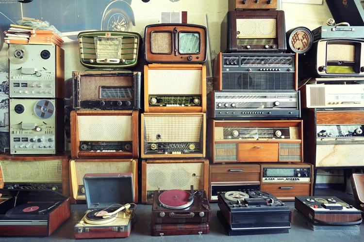 Historic and antique record plares, tape decks, radios and audio equipment