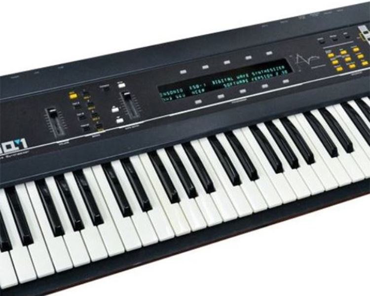 ESQ1 synthesizer keyboard